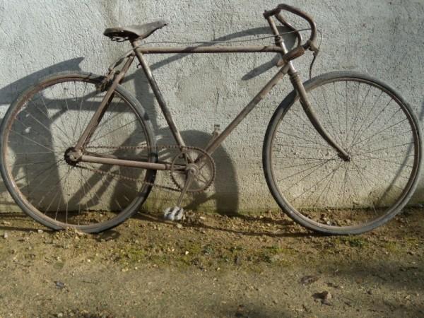 Un vélo 1920 de marque Bourotte - photo forum Ton Ton vélo