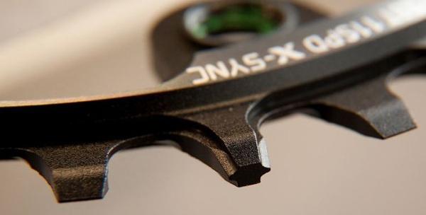 Système X-Sync : une dent large, une dent mince.