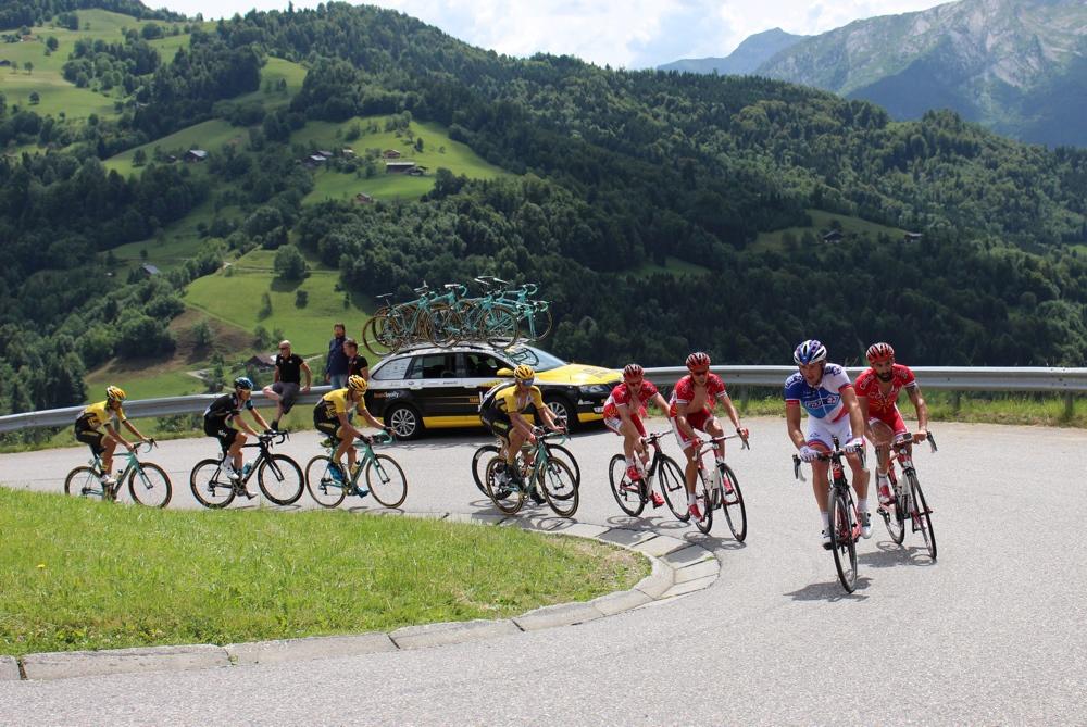Equipe Cofidis - Geoffrey Soupe (droite), Christophe Laporte (centre) et Florian Sénéchal (gauche) - Critérium du Dauphiné 2015 - photo ©Track & News