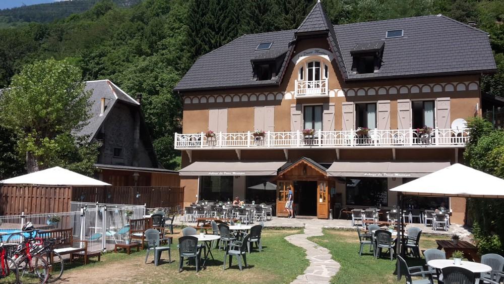 Oisans Col Series - Col du Sabot - La Douce Montagne © Track & News