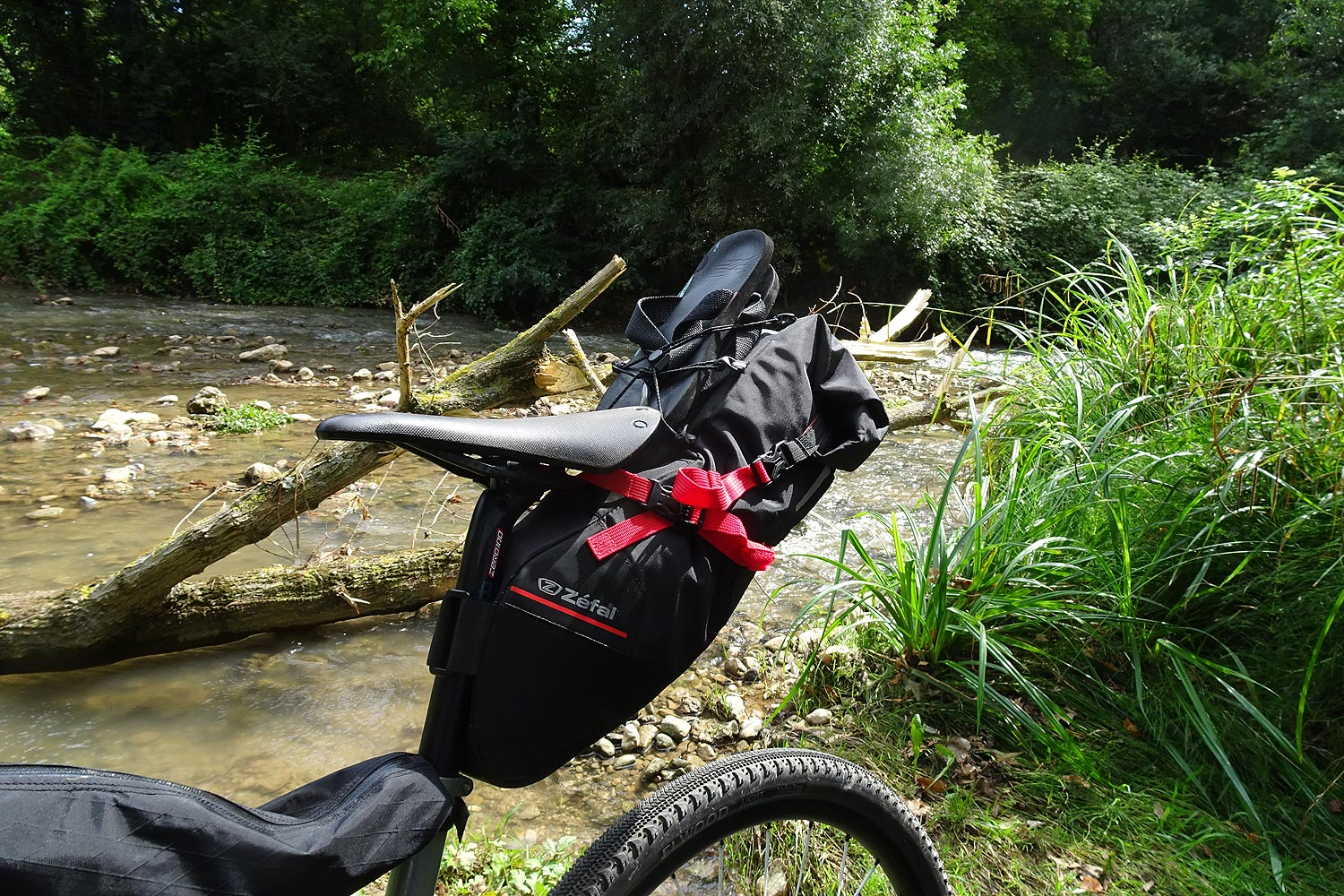Bikepacking by Zefal Z Aventure