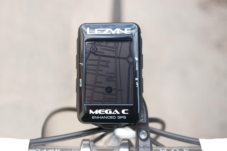 Lezyne Mega C device front