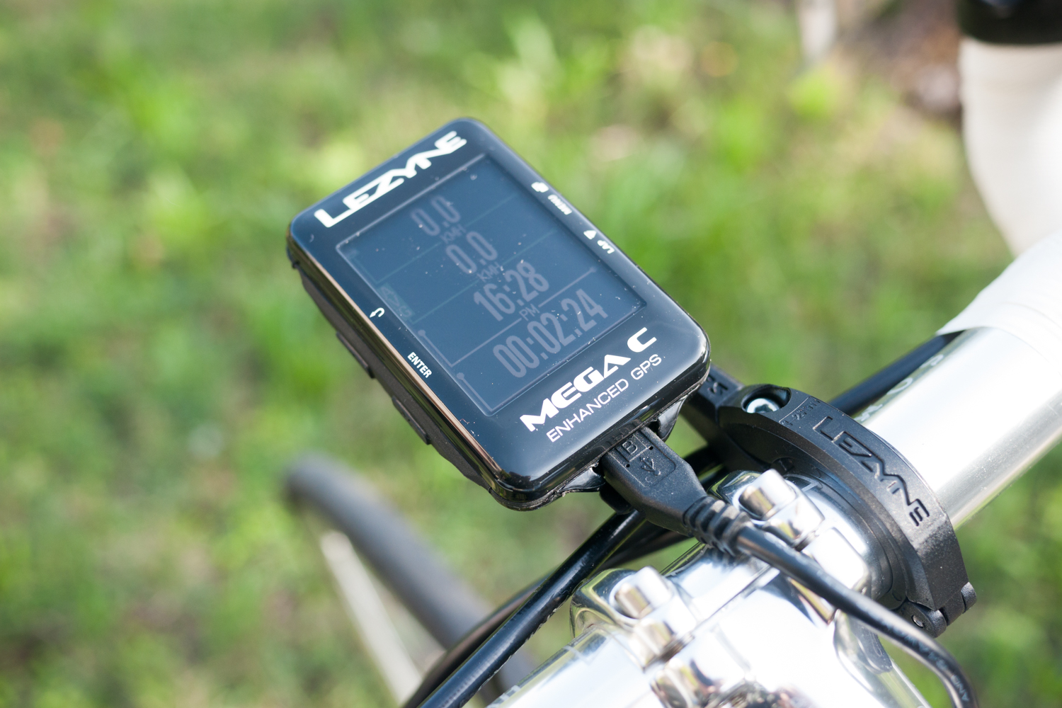 GPS Lezyne mega C plugged