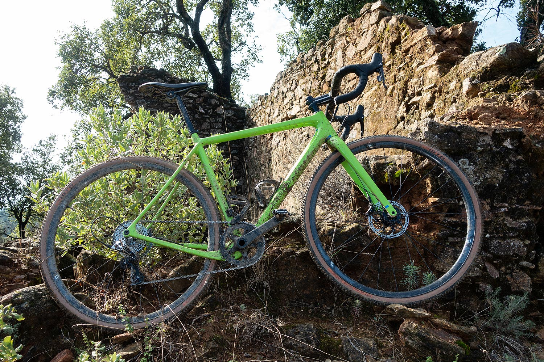 Trois vélos de gravel en test sur le Roc d'Azur