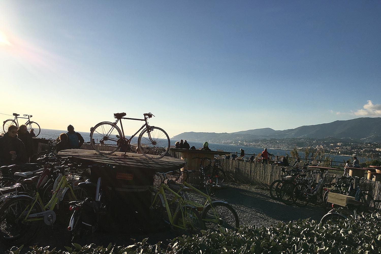 « Bici Espresso » : La piste cyclable de la Rivera Dei Fiori