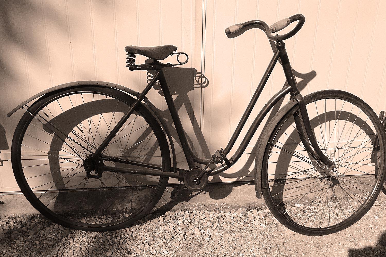 Une bicyclette Acatène - collection Lino Lazzerini