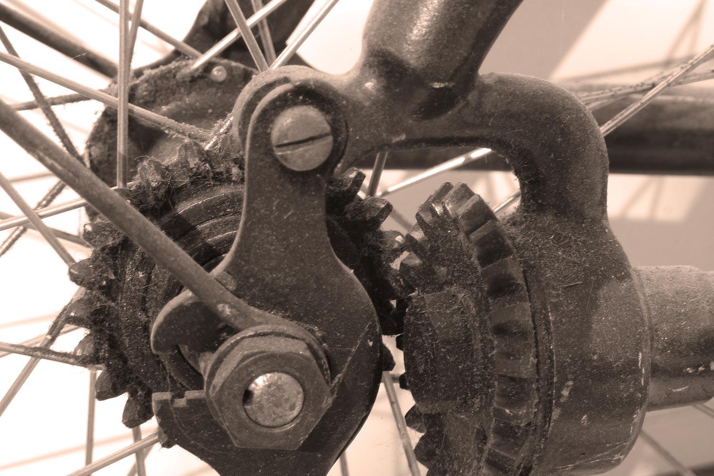 Cardan sur vieux vélo