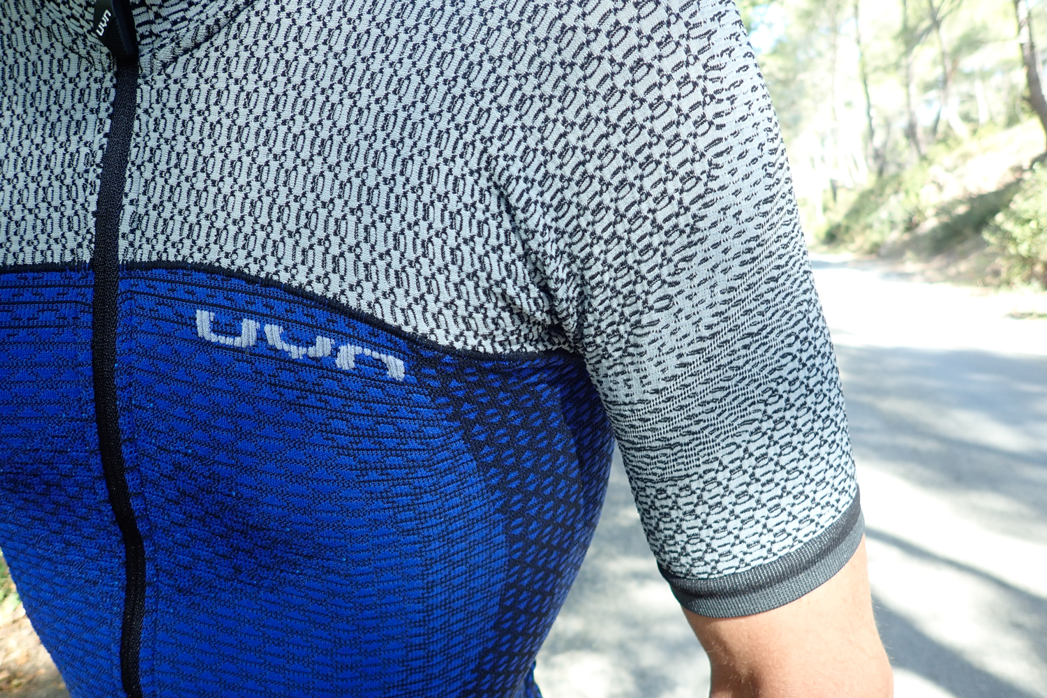UYN cycling jersey apparel