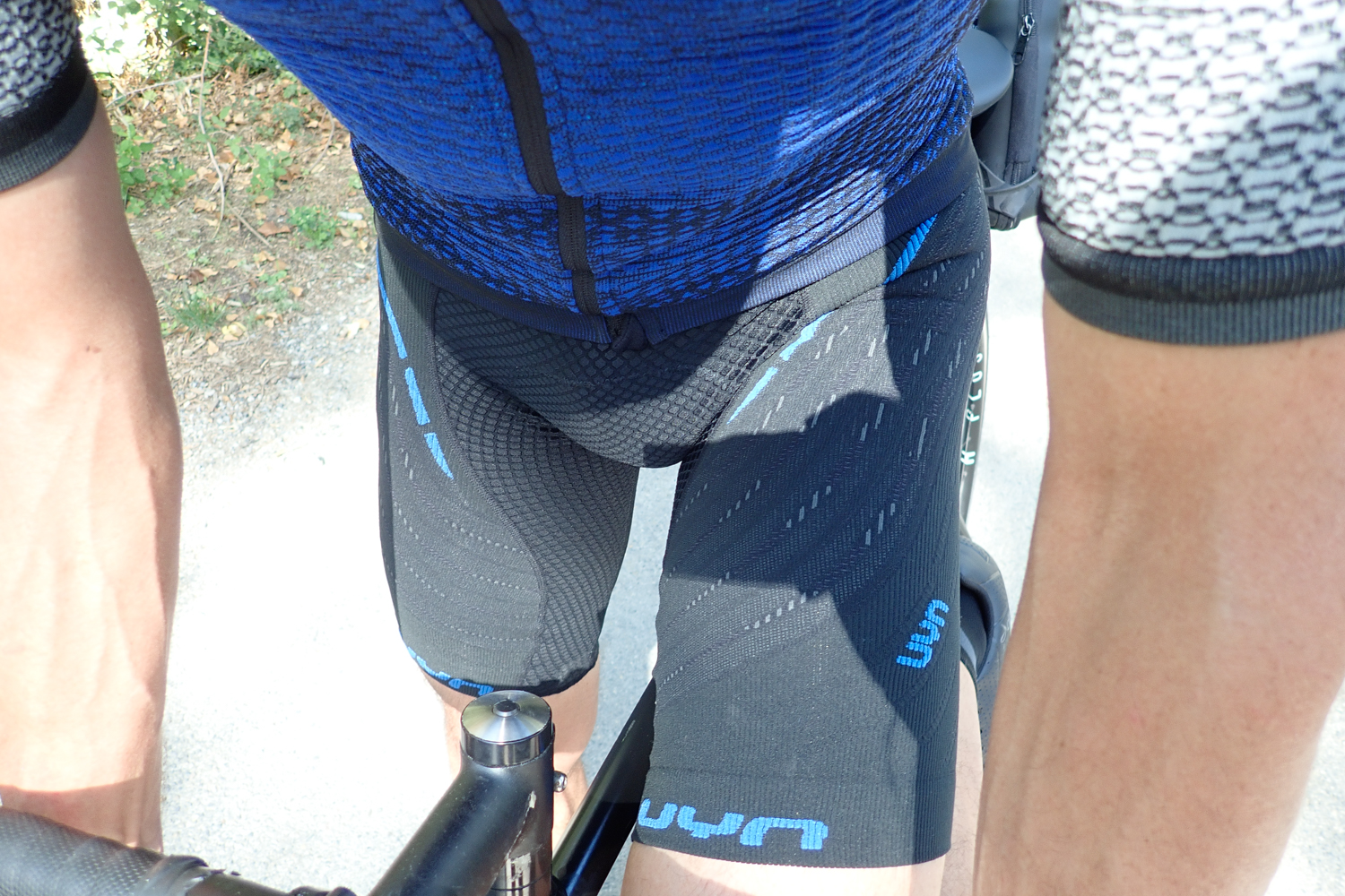 UYN Alpha cycling apparel