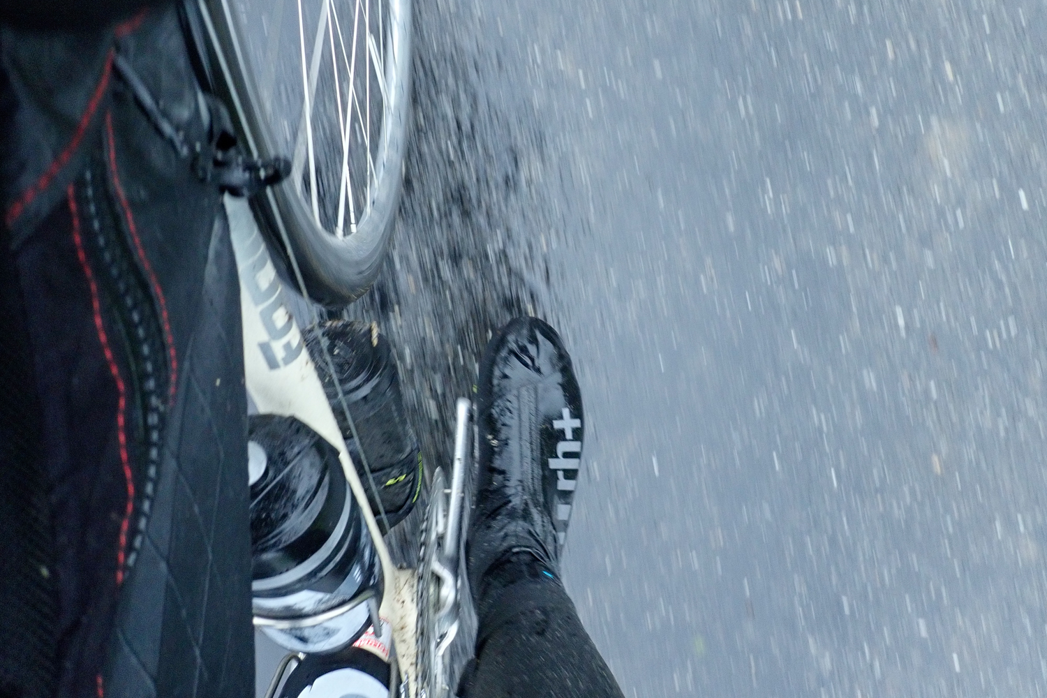 RH+ Shark Shoe cover cycling apparel