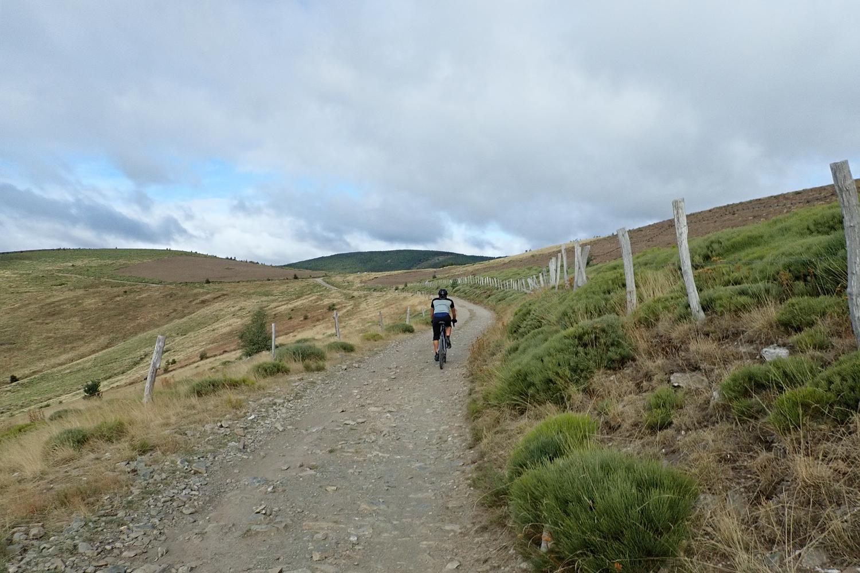 Lozère lande plateau gravel cycling