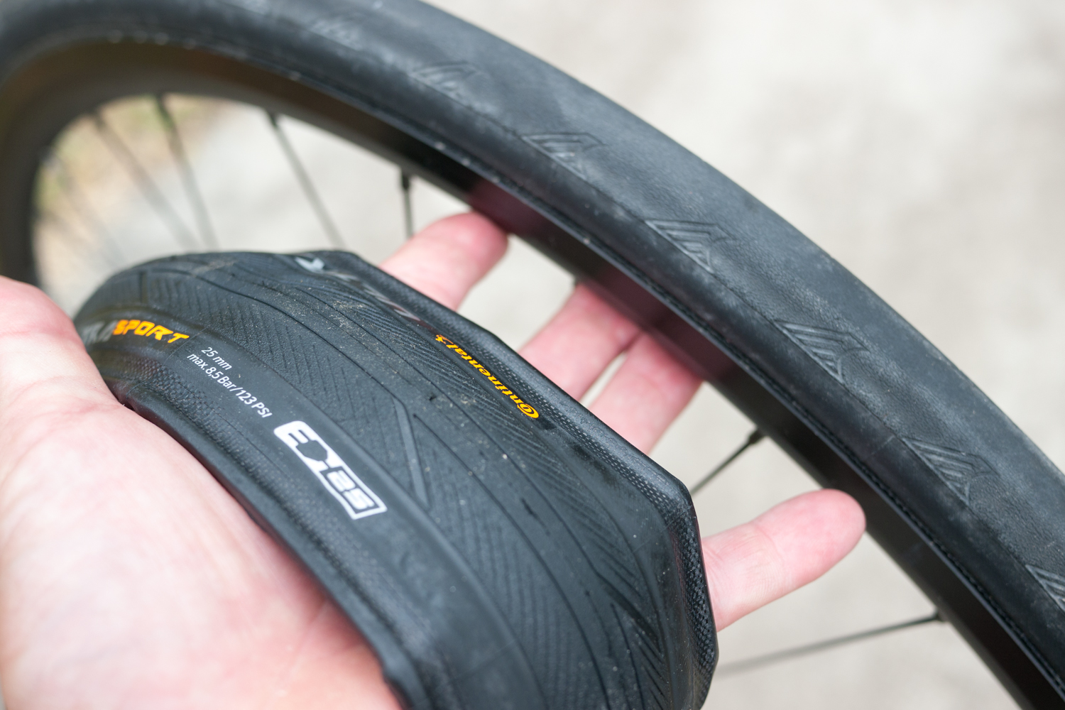 Road cycling tyre tire Continental Ultra Sport III 3