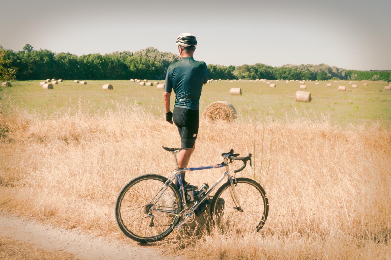 Sportful Supergiara cycling apparel gravel clothing jersey bibshorts