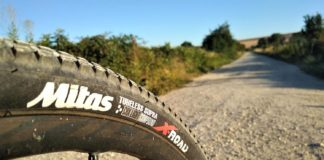 Test des pneus de gravel MITAS X-Road