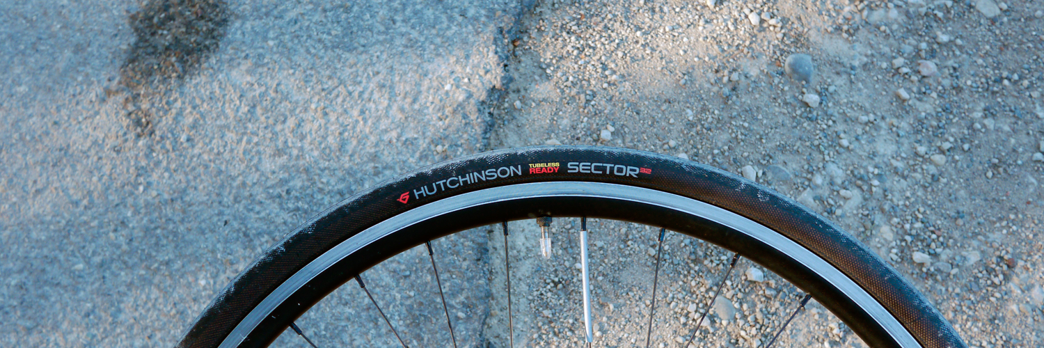 Hutchinson Sector tyre 700X32c gravel long distance all around allroad cycling