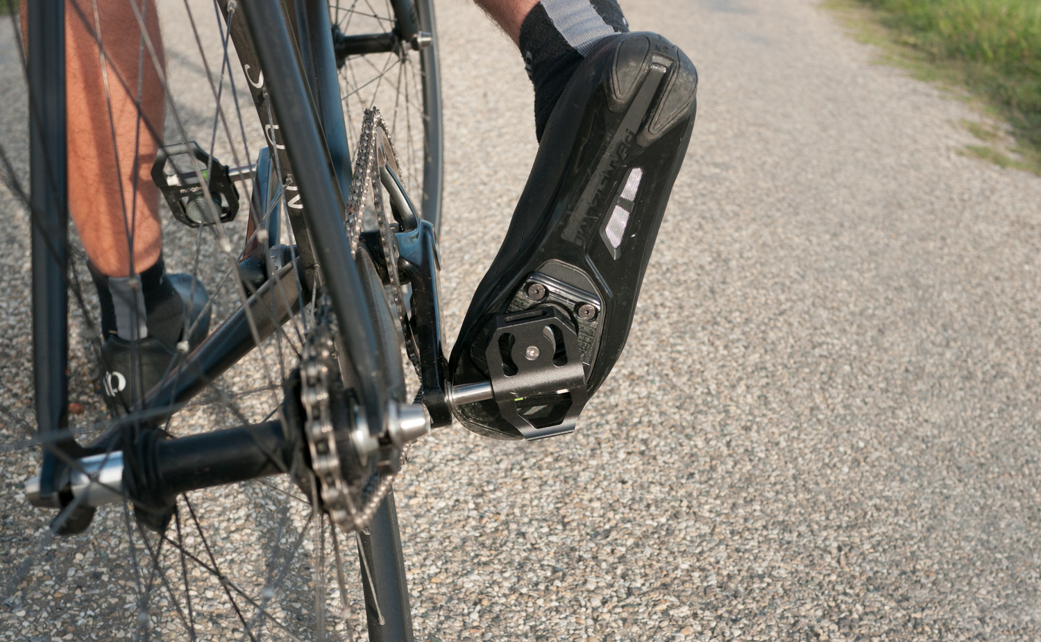 Magped magnetic pedals road cycling shoes