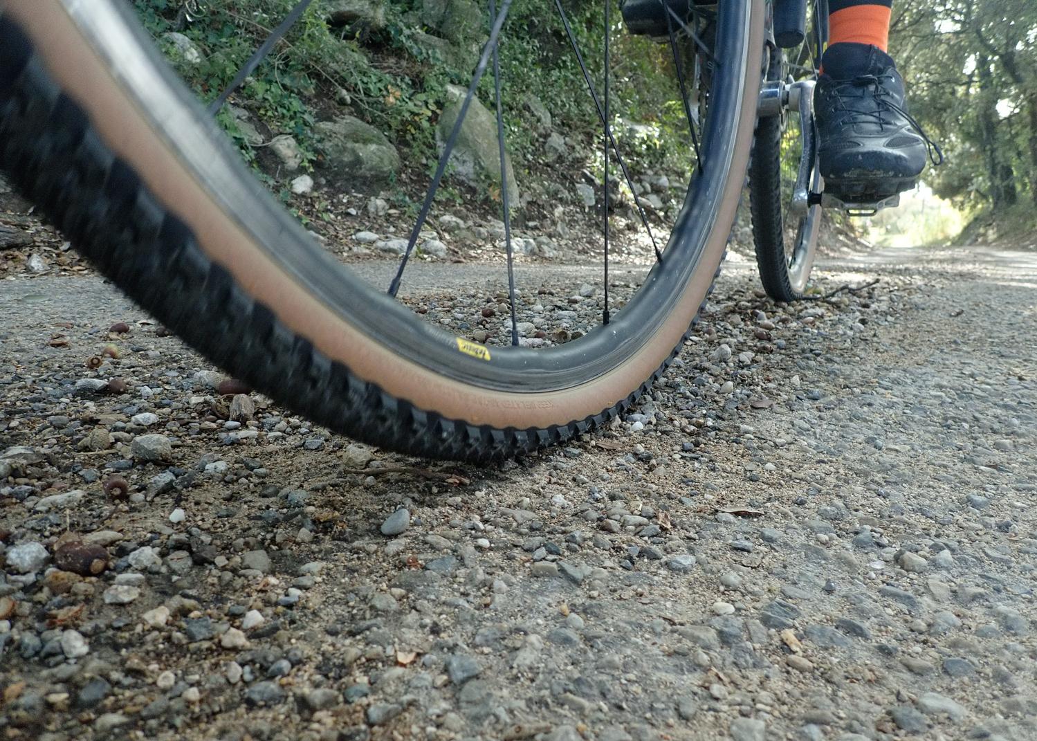 Teravail Cannonbal gravel Tyre tire presure