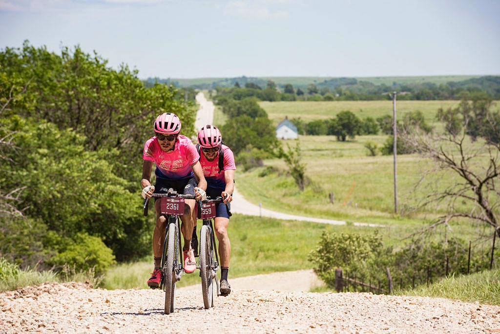 L'équipe EF Pro Cycling sur la Dirty Kanza ) photo EF Pro Cycling