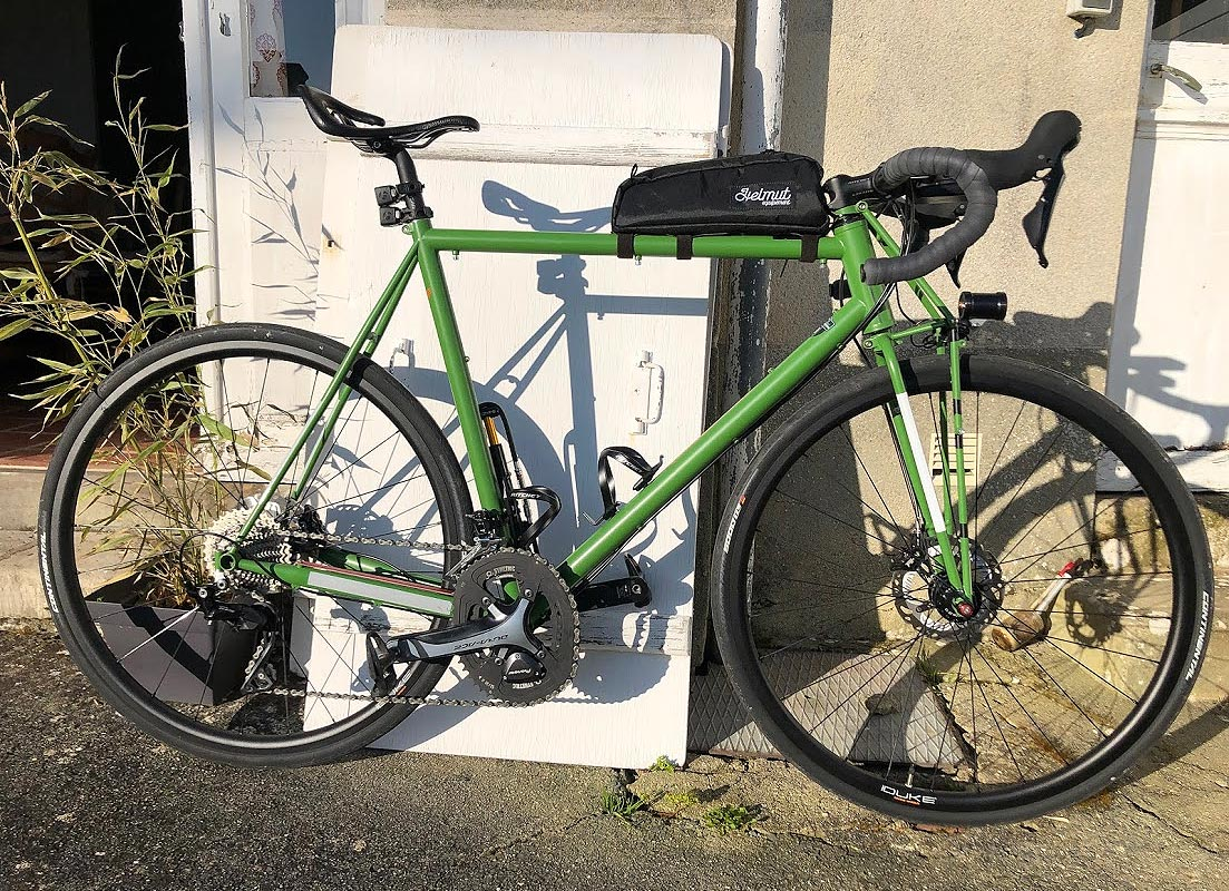 Aethos Specialized casse les codes