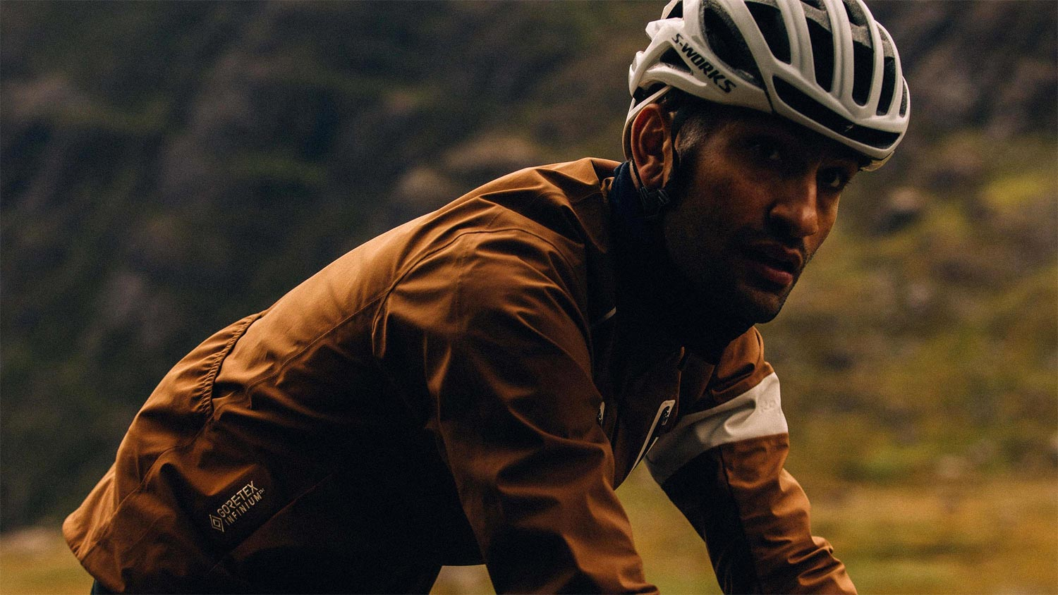 Rapha adopte Gore-Tex avec sa Men's Winter Jacket