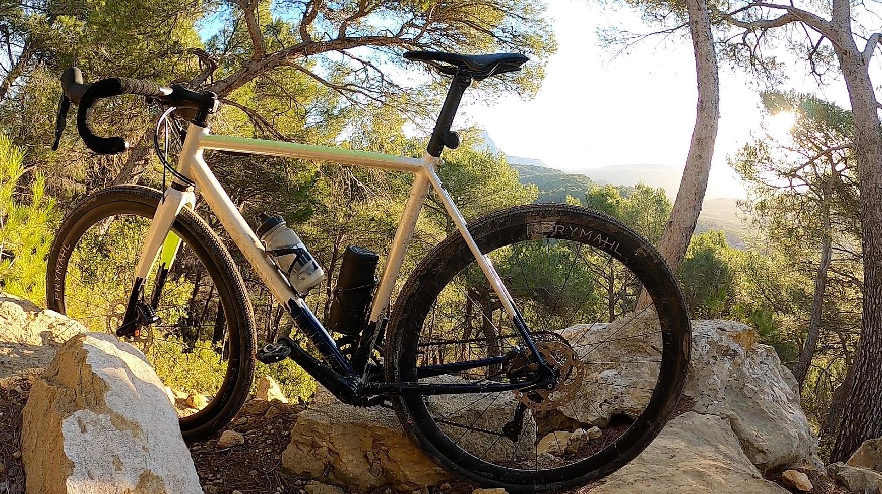 Prymahl C35 Pro, roues sportives au look élégant ... photo Bike Café