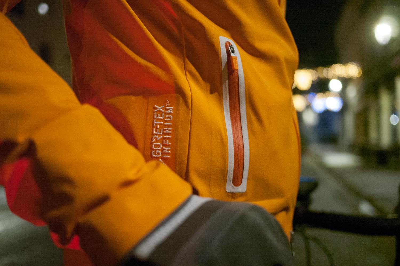Rapha Women's Classic Winter Gore-Tex Jacket veste cycling apparel clothes