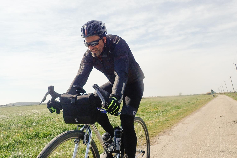 Gravel Sunn Cyclos Chrome Industries Doubletrack bag sling cycling