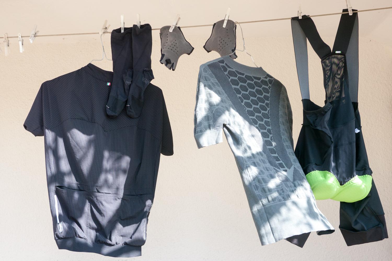 Q36.5 cycling apparel drying